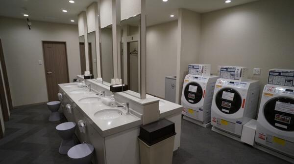 THE POCKET HOTEL 京都四条烏丸の共用シャワールーム